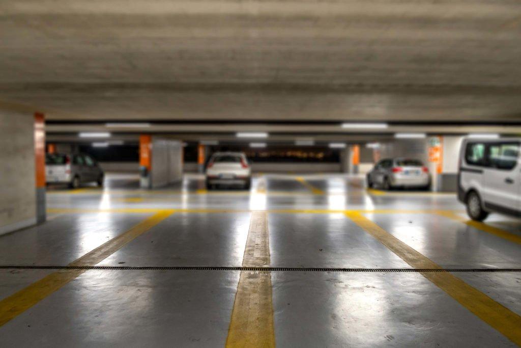 Limpieza Garajes Centros Comerciales